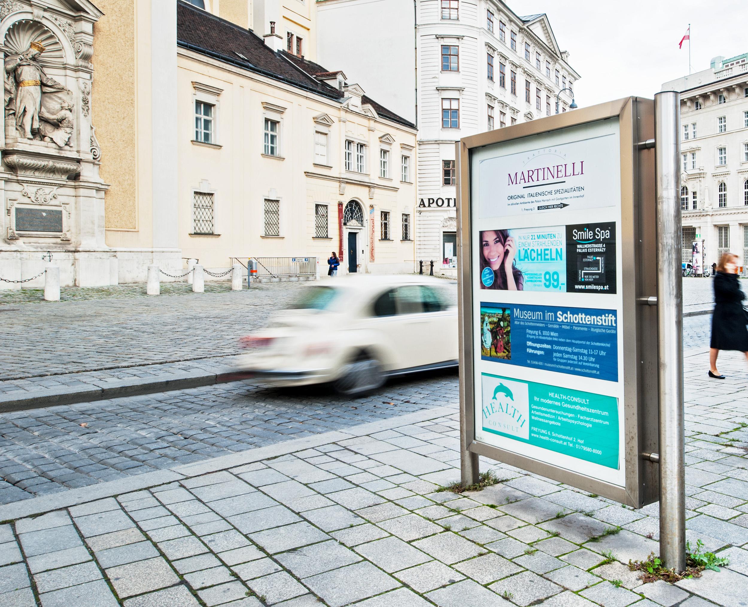 Gewista Stadtwerbung Dauerwerbung, City Light-Hinweistafeln