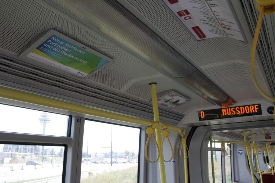 Gewista Stadtwerbung Strassenbahn ULF Innen-Werbung
