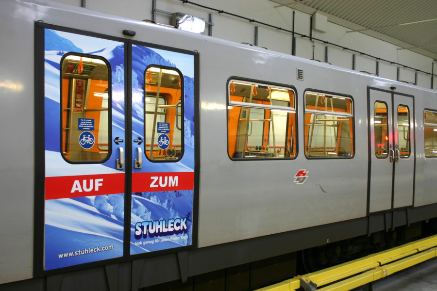Gewista Stadtwerbung U-Bahn, Aussenwerbung