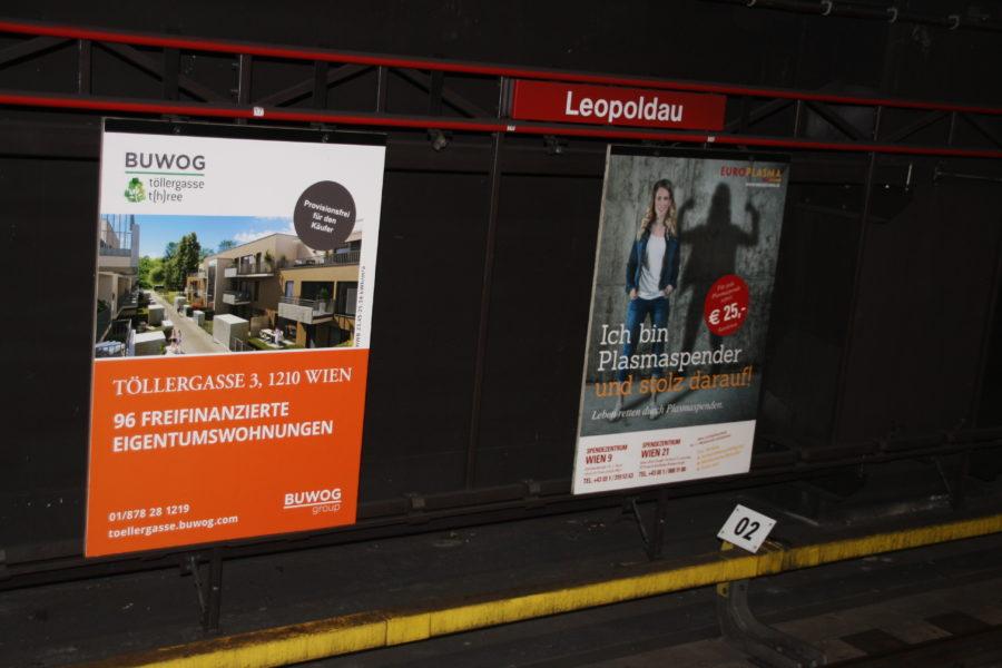 Gewista Stadtwerbung U-Bahn, U-Bahntafeln, Bahnsteigtafeln