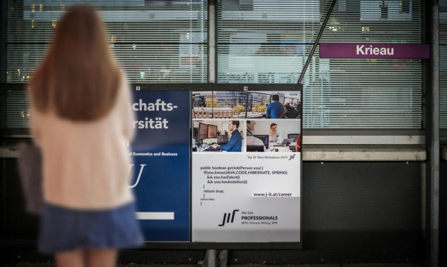 Stadtwerbung-Hinweistafel-JIT